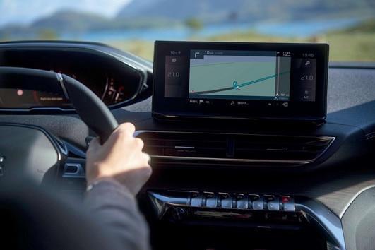 Peugeot 5008 ekran na zaslon